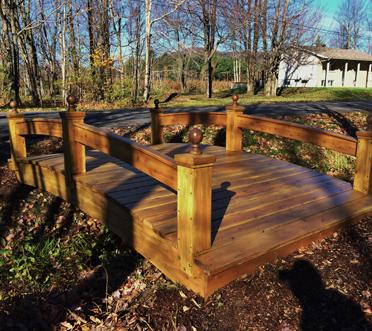 pont de jardin good jardin de cheminement travers bois with pont de jardin pont de jardin with. Black Bedroom Furniture Sets. Home Design Ideas